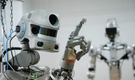 Робот Фёдор 2