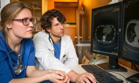 ИИ помогает врачам в постановке диагноза