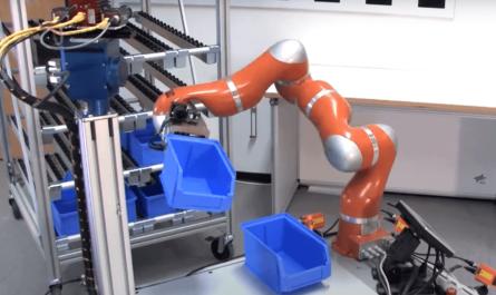 Нейросеть научила роботов плавно захватывать и перемещать объекты