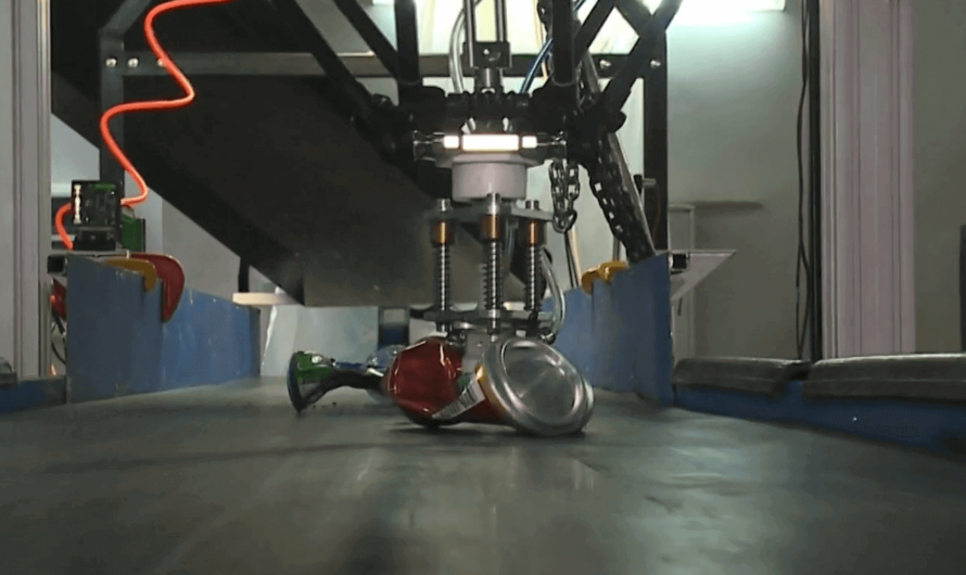 В России создали робота для сортировки бытовых отходов
