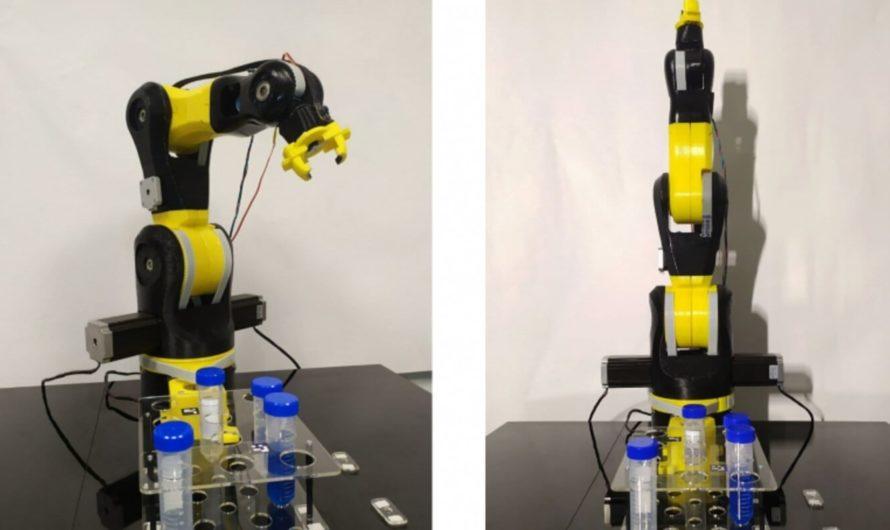 В университете ИТМО роботов учат проводить химические эксперименты
