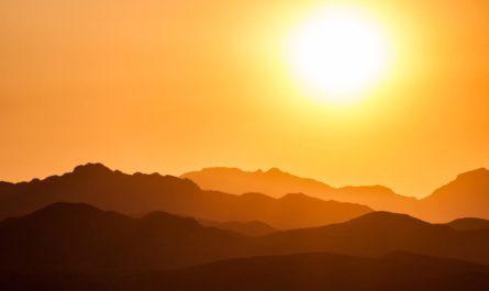 Корональные дыры на Солнце ищет нейросеть