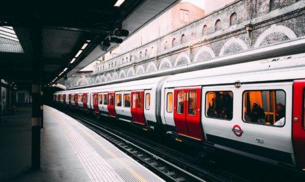 Оформить билеты в железнодорожных кассах поможет ИИ