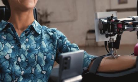 Tattoo с помощью робота