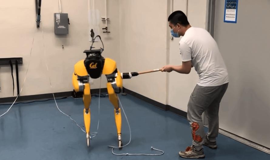 Двуногий робот учится ходить, используя искусственный интеллект