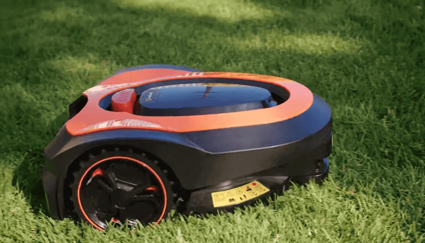 MowRo робот-газонокосильщик